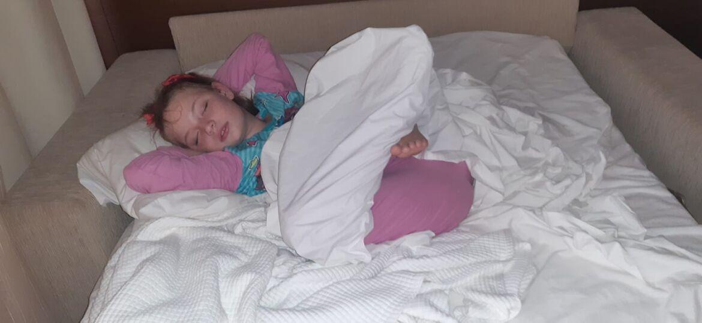 scarlettasleep2